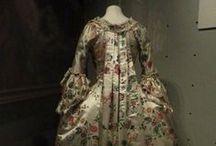 18th century : China painted silk