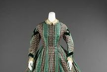 19th century : Crinolines à rayures / striped crinoline dresses