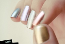 nails / by Alexis Finc