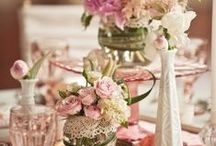 Romantic Dressing Room Ideas / Florals and girlishness!