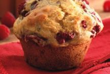 Muffins/Cookies and baking / by Mitzy Gemmill