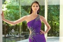 2014 Alyce Dresses / Alyce Paris Designs maintains a network of national showrooms and international representatives in the United States, Europe, South America and the Middle East. Within the past several years, the ever-expanding company has introduced numerous collections. Alyce Paris has stunning black fitted lace dresses, strapless ballgowns, purple mermaid gowns and pink high low hems. Start Shopping for your Alyce Paris Prom Dress today! - Prom Dresses @ PromDressShop.com #prom #promdresses #prom2014 #dresses