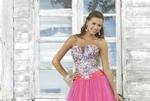 2014 Blush Dresses! / Blush Dresses are offered in sizes that start at 0 and go all the way up to a Plus Size 30, because they know that everyone is unique. Blush has the hottest 2014 styles and colors, so Shop Prom Dress Shop to get your 2014 Blush Prom Dress! Prom Dress Shop offers Free Shipping and No Tax on orders in the Contiguous US.