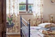 Bedroom decor ideas / {Contry chic, shabby chic, cottage and rustic ideas for your bedroom. Idee Contry chic, shabby chic, cottage e rustic per la vostra camera da letto.}