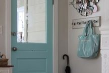 Entrance / Mudroom / decor ideas / {Contry chic, shabby chic, cottage and rustic ideas for your entrance. Idee Contry chic, shabby chic, cottage e rustic per il vostro ingresso.}