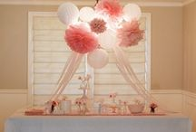 HOSTESS W/ MOSTESS / by Jessica Guillot