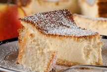 Desserts & Sweets / by Tami Granlund