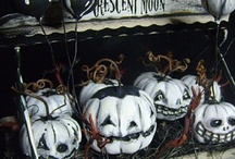 Halloween Craft Ideas / by Jen Bond