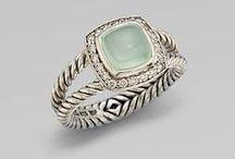 Jewelry, yes please / by Penne Baker