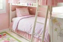 Girls Room Decor / Beautiful and fun bedroom decor for girls