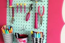 DIY Closet Organization / Maximize storage space with these awesome DIY Closet Organization ideas, tutorials, and tips!  From shoe storage, to over the door organizer, you'll get all the closet storage solutions you need.