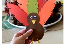 Fall Crafts for Kids / Fall is the perfect time to craft with the kids! Here we're sharing all our favorite fall kid crafts that you're bound to enjoy.