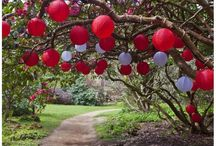 Outdoor Lanterns / Wedding hanging lanterns designed for outdoor use all year round. Outdoor lanterns made of nylon are vivid in colour with a range to suit any wedding day colour scheme or them.