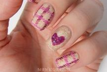 MANICURATOR - Free Hand and Miscellaneous Nail Art
