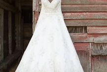 Wedding Dresses / Exquisite wedding fashions perfect for your walk down the aisle on your wedding day.