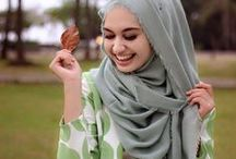 • Beautiful Hijab Style • / Just match the color and flower <3