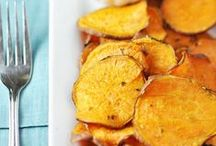 chips & fries - food. / chips, fritten, pommes, fries
