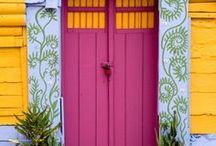 Doors / by Daylane Cerqueira