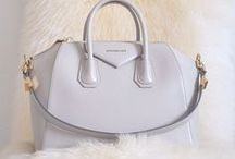 It Bag / Stylish Handbags and Clutches