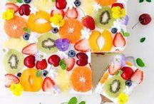 Gartenküche / Ob Gemüse oder Obst, selbst angebaut und geerntet schmeckt es gleich doppelt gut! Und mit einer coolen Outdoor-Küche kann man das Dinner sogar komplett nach draußen verlegen. :)
