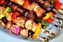 Food Recipes / by Stephanie Martinez
