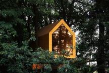 Tree Houses / Tree Houses & Canopy Walks http://www.thedailygreen.com/green-homes/latest/treehouse-photos-460310 | http://www.amazon.com/New-Treehouses-World-Pete-Nelson/dp/0810996324 | http://www.treehugger.com/culture/book-review-treedom-by-takashi-kobayashi.html
