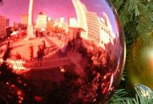 Winter Holiday Celebrations and Destinations / Enjoy the season, it's the best time of the year for families. Light displays, ice rinks, Christmas decorations, Hanukkah celebrations, and more. #trekarooing #FamilyTravel