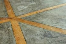 floors and rugs / Patterned floors and dramatic rugs for living rooms, kitchens, and bathrooms. / by hollywood housewife