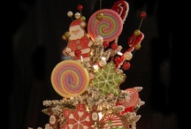 Christmas Tree Themes / Let your tree reflect your family's personality or complement the decor of the room.  Get creative & watch your tree become a conversation piece when your guests arrive.  Themed trees complimenting a room's decor are becoming a hot trend that can be enjoyed all year long.