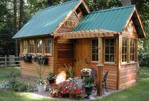 Tiny House Living / by Cherrie McCartney