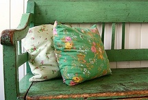 Cottage/Farmhouse: interiors & decor.