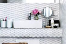 bathroom / by Stina Gans