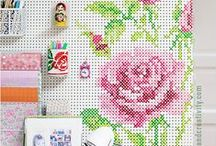DECORACIÓN CON PUNTO DE CRUZ CROSS STITCH DECOR / Ideas para decorar con motivos de punto de cruz Cross stich decoration ideas