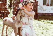Mädchenkleider / Tracht ,Dirndl und Gilets für Kinder