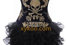 corsets, bustier, fancy dresses, fashion tops, costumes / fashion corsets and also have plus size up to 6XL - http://xykoo.com/lingerie-nightwear-fashion-corsets/fashion-corsets.html