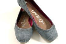 Fabulous Footwear / Shoes / by Andrea McKnight