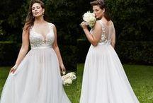 Wedding Ideas!!! / by Janieva Mallory