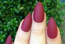nails! / by Janieva Mallory