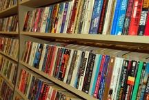 Livros, livros e mais livros / Seleção de livros que recomendo a leitura para quem deseja trabalhar com internet, comportamento do consumidor e inovação. São livros que li e reli algumas vezes.