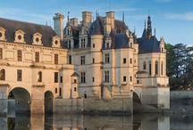 Castles...Chateaux,Manoirs,Palais / by Anne Marie