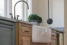 kitchens. / Kitchen design, organization & dream homes  / by Jordan Emmitt