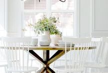 BREAKFAST ROOM IDEAS / A collection of our favorite breakfast room ideas! Grab tips and tricks to create your dream breakfast room! Curated by Rebekah Dempsey of A Blissful Nest. https://ablissfulnest.com #breakfastroom #breakfastroomdecor