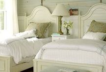 Shabby Chic Rooms... / by Debra Prince