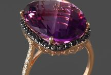 Jewels / Antique jewelry