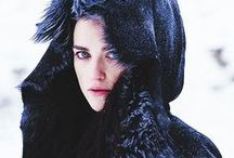 Morgana Pendragon / Katie McGrath