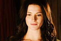Kahlan Amnell / Bridget Catherine Regan