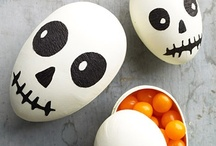 I celebrate Halloween / by Lisa Beecroft