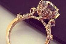 Gold / jewelry