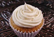 Cupcakes / by Kelly Hill