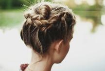 hair stylin'  / by Diana Vojtasek